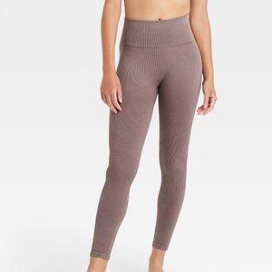 JoyLab high rise rubbed seamless 7/8 leggings
